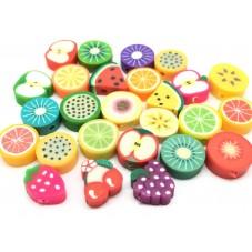100 Perles Fruits Mixte en Pâte Polymère Fimo 10mm pour la Création de Bijoux Fantaisie - DIY