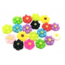 10 Cabochons Mini Fleur Marguerite en Résine 9x8mm