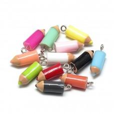 5 Breloques Crayons Multicolore Thème École 18x5mm