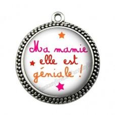 """Pendentif Cabochon en Résine """"Ma Mamie elle est trop Géniale"""" 25mm pour la Création de Bijoux Fantaisie - DIY"""