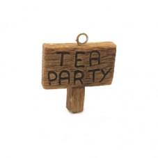 Breloque Panneau Tea Party Alice au Pays des Merveilles en Fimo 27x25mm pour la Création de Bijoux Fantaisie - DIY