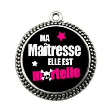 """Pendentif Cabochon en Résine """"Maîtresse Mortelle"""" 25mm pour la Création de Bijoux Fantaisie - DIY"""