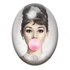 Cabochon en Verre Illustré Audrey Hepburn Bubble Gum 13x18, 18x25 ou 30x40mm pour la Création de Bijoux Fantaisie - DIY