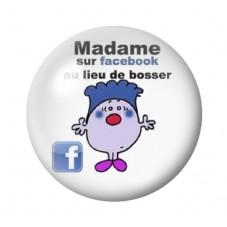 """Cabochon en Verre Illustré """"Madame sur Facebook au lieu de bosser"""" Humour 12 à 25mm pour la Création de Bijoux Fantaisie - DIY"""