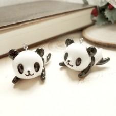 2 Breloques Pandas Allongés en Résine pour la Création de Bijoux Fantaisie - DIY