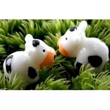 Cabochon Miniature Vache en Résine pour Globe 24x16mm pour la Création de Bijoux Fantaisie - DIY